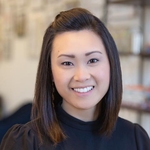 Amy Ng Headshot